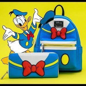 🆕 NWT Loungefly Donald Duck Backpack and Wallet
